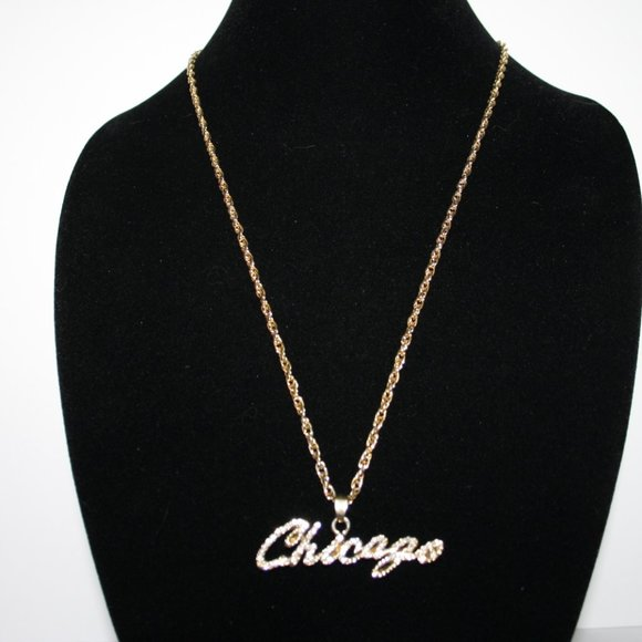 Vintagejelyfish Jewelry - Gold Rhinestone Chicago Necklace